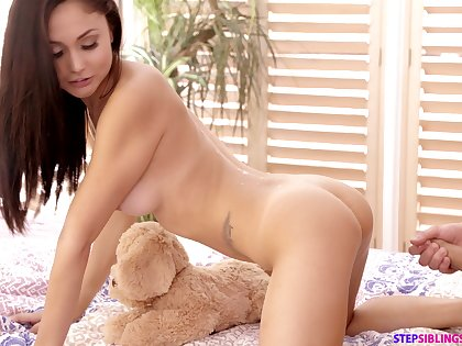 Lovely Ariana Marie makes a friend happy by having it away with him
