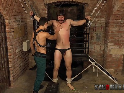 Gays in rough scenes of maledom XXX BDSM