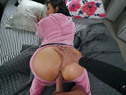 Bug ass woman leaves hot male to fuck will not hear of on touching both holes