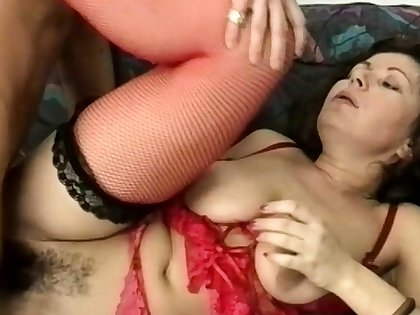 chubby stepmoms flimsy bore destroyed by a big dick