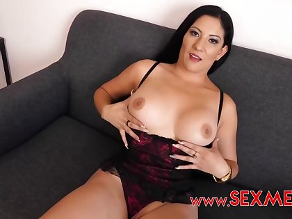 Charming pitch-dark in X unmentionables got down on her knees in the air suck a pretentiously meat stick